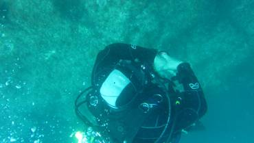 Anchor dive